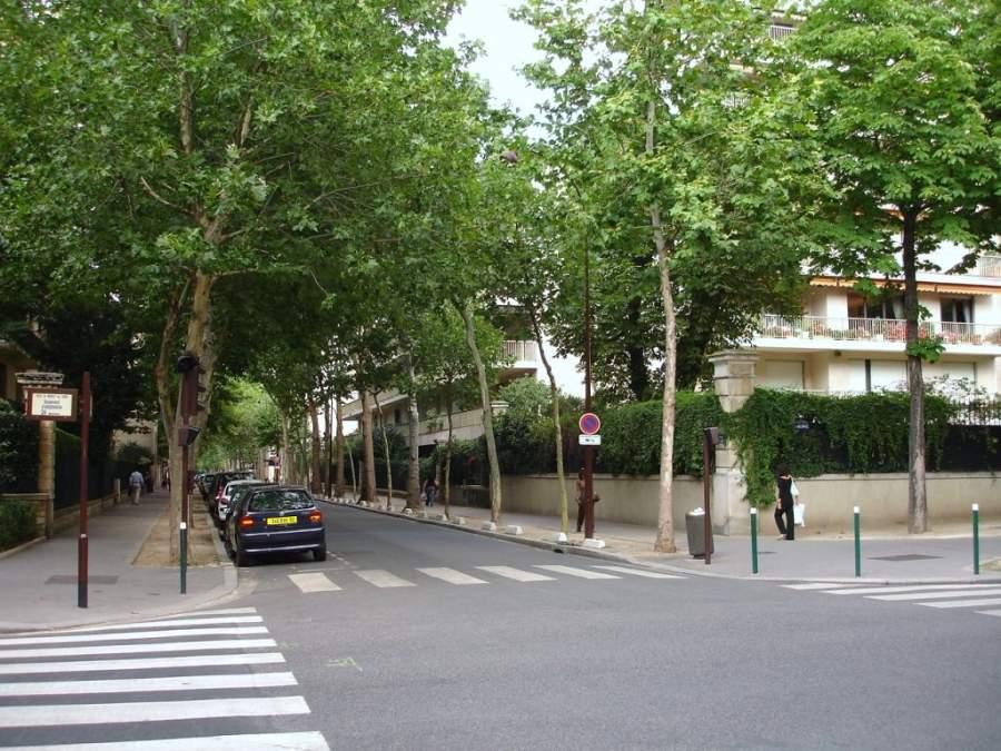 En el exclusivo barrio de Neuilly-sur-Seine de Paris vivirá Messi y su familia.